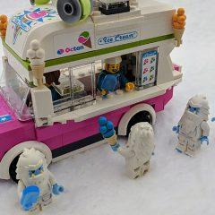 Click & Snap: LEGO Snow Pics