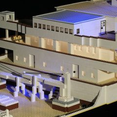 Huge LEGO Titanic Replica Builds Confidence