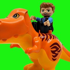 10880: Jurassic World T. rex Tower DUPLO Review