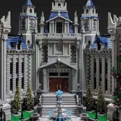 Amazing MOCs – Huge Batcave & Wayne Manor