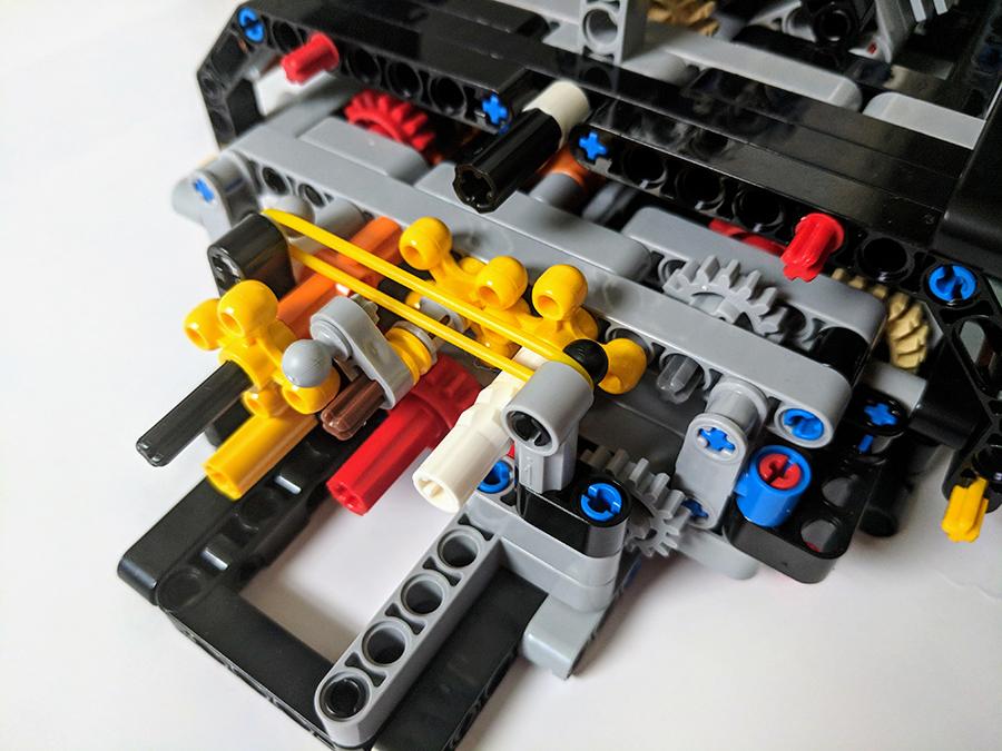 42083: Bugatti Chiron Technic Set Review | BricksFanz