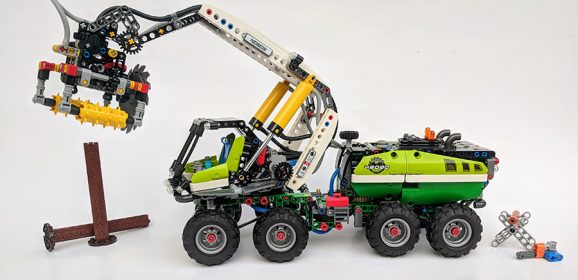 42080: Forest Machine Technic Set Review