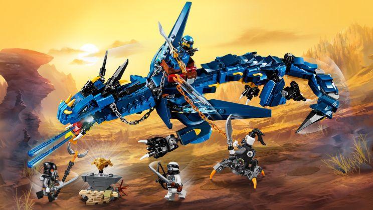 Ninjago Dragon Armor Drone Fest Collect the golden dragon armor. drone fest