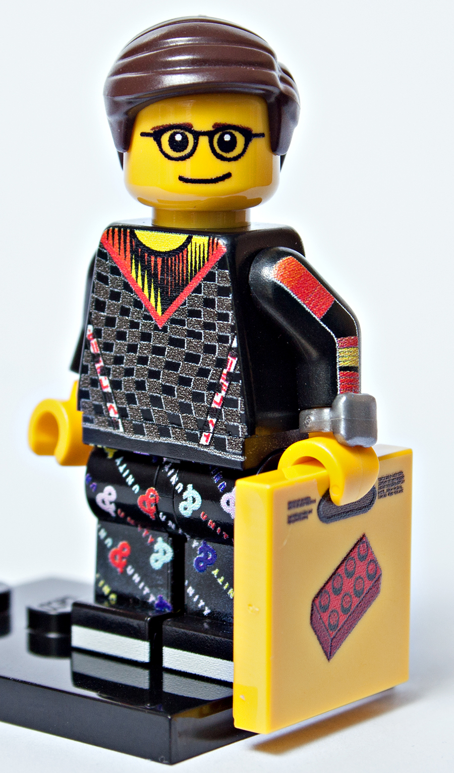 Creating A Custom Minifigure With Minifigs me | BricksFanz