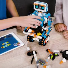 LEGO Boost Adds New Coding Activities