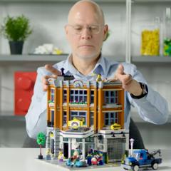 LEGO Creator Corner Garage Designer Video