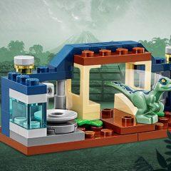 Free LEGO Jurassic World Baby Raptor Polybag