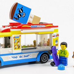 60253: LEGO City Ice-Cream Truck Set Review