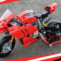 42107: LEGO Technic Ducati Panigale Set Review